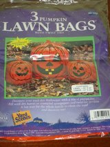 2 NEW 3pk pumpkin lawn bags in Glendale Heights, Illinois