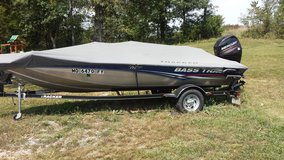 2013 Bass Tracker Fishing Boat in Fort Leonard Wood, Missouri