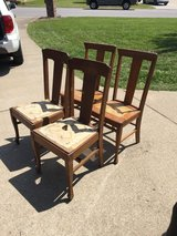 Kitchen chairs in Pleasant View, Tennessee
