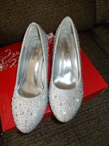 Brand New Diamante Shoes UK 5 in Lakenheath, UK