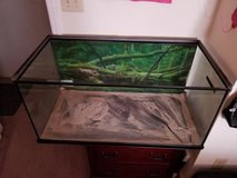Reptile Tank with top and bowls/accessories in Camp Lejeune, North Carolina