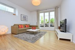 Furnished luxury apartment with patio in exclusive and quiet location in S-Nord in Stuttgart, GE