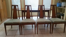 **Mad-Men Style** Vintage Mid-Century Modern Table and Chairs in Bellevue, Nebraska