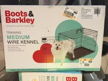 Boots and Barkley medium wire Kennel new in Sandwich, Illinois