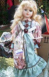 Queen Mint Collection special edition Porcelain Doll in Alamogordo, New Mexico