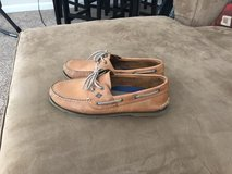 Sperry Shoes in Pleasant View, Tennessee