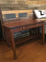 Antique Mission Style Oak Desk in Alamogordo, New Mexico