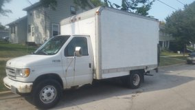 e350 box truck, with lift gate in St. Charles, Illinois