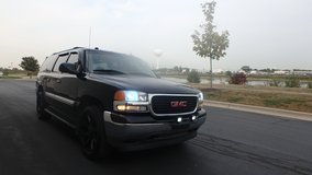 2005 GMC Yukon XL in Naperville, Illinois
