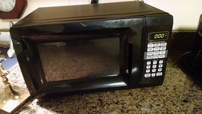 Microwave in Cherry Point, North Carolina