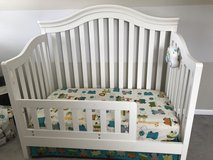 Crib to toddler daybed in Bolingbrook, Illinois