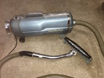 Electrolux vacuum in St. Charles, Illinois