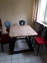 Painted chairs and table in Grafenwoehr, GE