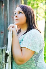 PHOTO SESSION!! ENGAGEMENT, FAMILY, MATERNITY, OR SENIOR PHOTOS! in Fort Carson, Colorado