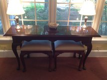 Ethan Allen Sofa Table with Seats in Wheaton, Illinois
