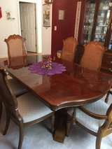 Hardwood (mahogany) Dining Table with 6 chairs in Sugar Grove, Illinois