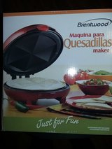 Brentwood Electric Red Quesadilla Maker in Naperville, Illinois