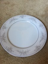 formal China set in Sugar Grove, Illinois