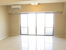 2BED APT in Chatan-cho close to sea wall!!--coming in October in Okinawa, Japan