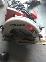 7 1/2 circular saw electric in Cleveland, Ohio