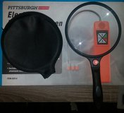 large magnifying glass like new with cover in Camp Lejeune, North Carolina