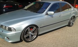 BMW 5 series 6 cylinder automatik, M style body kit, lowered, M rims, red calipers, new tune up in Baumholder, GE