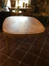 "Oval table 42x42wide  66"" with leaf in Conroe, Texas"