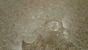 Set of 4 cut glass punch cups in Fort Polk, Louisiana