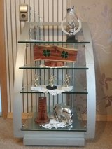 Display glass shelf  for living room in Baumholder, GE