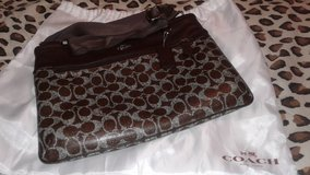 Coach Bag in Fort Lee, Virginia