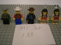 5 Lego Western Minifigs Group 133 in Aurora, Illinois
