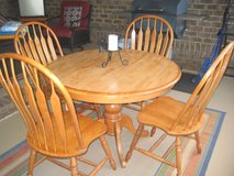 Oak Dining Table & Chairs in Fort Rucker, Alabama