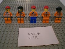 5 Lego Construction Workers Minifigs Group 213 in Sandwich, Illinois