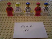 5 Lego Space Minifigs Group 180 in Sandwich, Illinois
