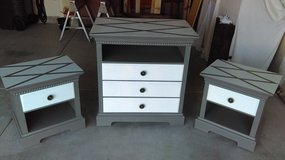 Thomasville Dresser/ 2 Nightstands in Algonquin, Illinois