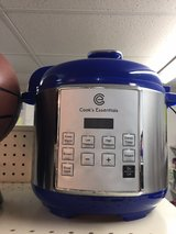 digital pressure cooker in Fort Bragg, North Carolina