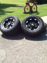 Tires in Pleasant View, Tennessee