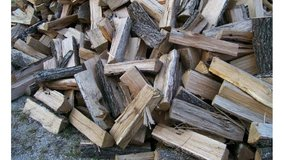 Seasoned Hickory fire wood in Fort Leonard Wood, Missouri