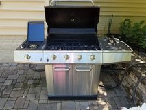 Kenmore 5-Burner Stainless Steel Propane Gas Grill in Quantico, Virginia