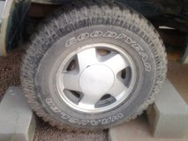 1993 4WD GMC Suburban - With Goodyear Wrangler Tires in Alamogordo, New Mexico