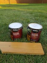 2 Gallons of Deck Stain! Behr Cedar Naturaltone in Westmont, Illinois