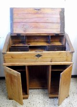 Rare softwood writing desk built around 1900 with very nice patina & in original condition in Wiesbaden, GE