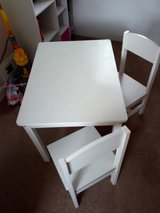 kids table and chairs in Lakenheath, UK