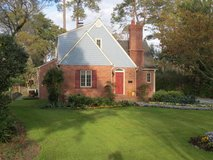 218 Colonial Dr Wilmington NC 28403 in Wilmington, North Carolina