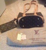 Faux Louis Vuitton in Algonquin, Illinois