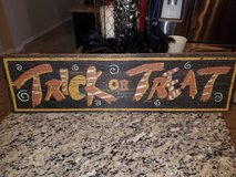trick or treat sign in The Woodlands, Texas
