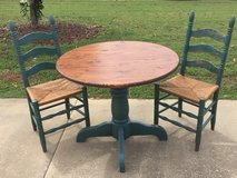 Table and chairs in Fort Rucker, Alabama