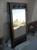 ---  Dresser Mirror  -- in 29 Palms, California