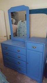 Quality dresser and nightstand. in Fort Bliss, Texas