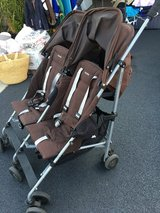 Maclaren double stroller twin triumph in Bolingbrook, Illinois